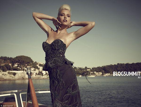 Самое дорогое платье весит тринадцать килограмм