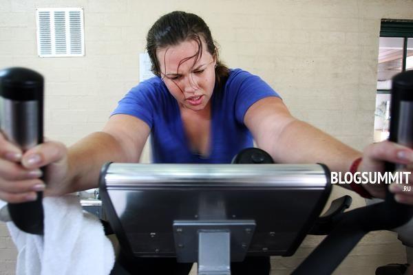 Для людей с небольшим избыточным весом бег вполне полезен