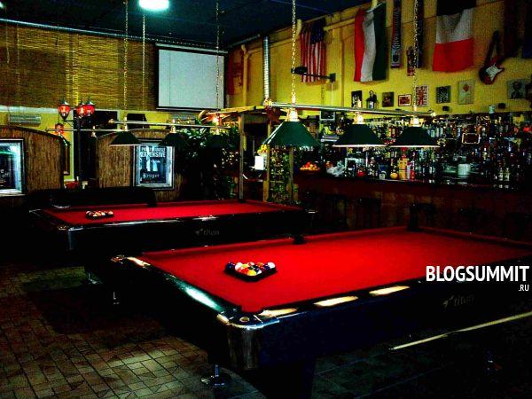 Бильярд, боулинг и столик в клубе заказывайте заранее